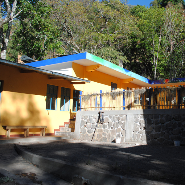 Tzununa School sm sq